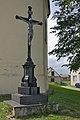 Kříž u kostela, Brodek u Konice.jpg