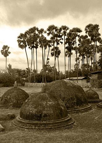 Buddhism amongst Tamils - Image: Kandarodai Ancient Buddhist Vihara