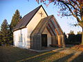 Kapelle auf dem Döbbricker Friedhof.jpg