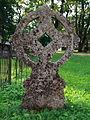 Keila kirikuaed, ratasrist 1.jpg