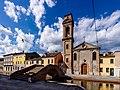 KhEEZF Ponte e Chiesa del Carmine - Comacchio.jpg