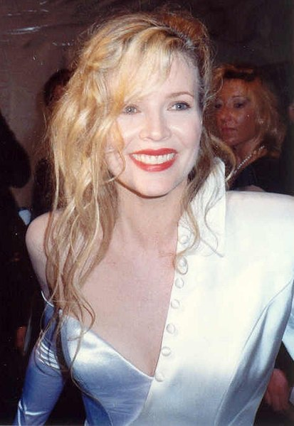 Kim Basinger Stars in WHILE SHE WAS OUT