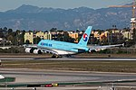 Korean Air Lines Airbus A380-861 (HL7613) at LAX (22543629309).jpg