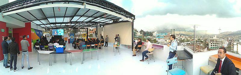 File:Kruger Labs, incubadora de empresas y startups de Quito, Ecuador. DemoDay.jpg