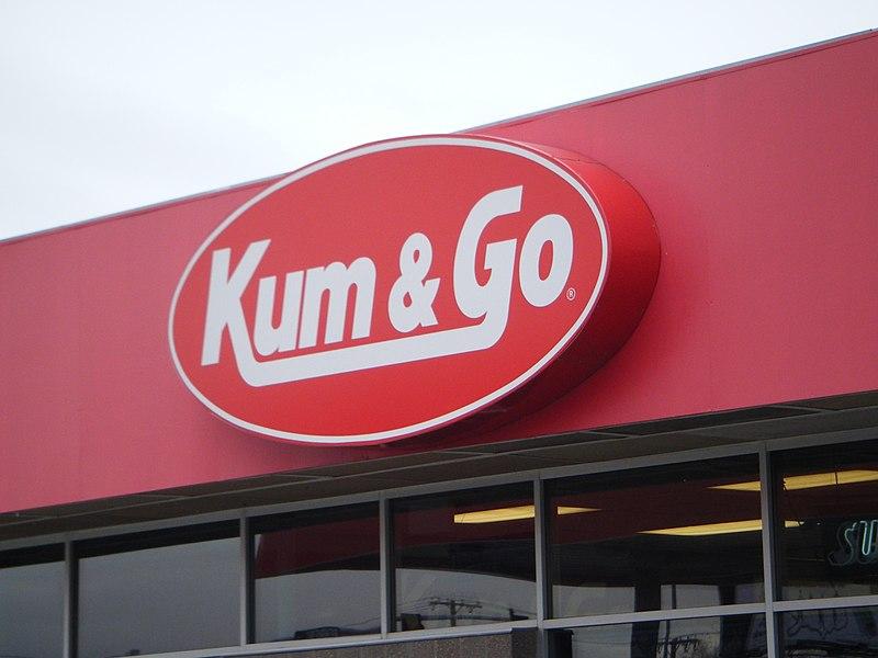 800px-Kum_%26_Go_sign%2C_MT.jpg