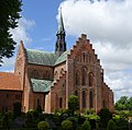 Løgumkloster Kirke SØ.jpg
