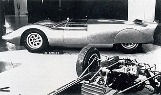 De Tomaso Sport 5000 - The De Tomaso P70's chassis and running gear, at the Turin Motor Show in 1965.