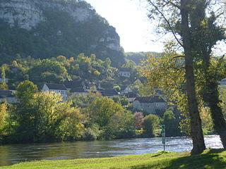Vayrac Commune in Occitanie, France