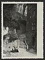 La fontaine de Saboury et la maison Vongeheur à Crest (34331853470).jpg
