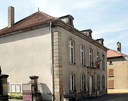 Lamarche, Hôtel de ville.jpg