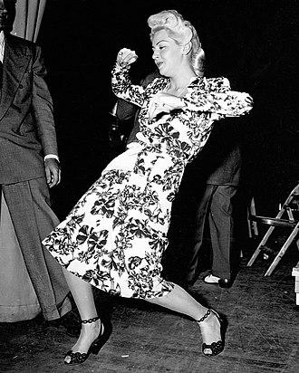 The Orson Welles Almanac - Image: Lana Turner OW Almanac 1944