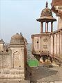 Le Jehangir Mahal (Orchha) (8450823935).jpg