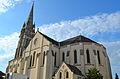 Le Loroux-Bottereau - Eglise Saint Jean-Baptiste (vue d'ensemble).jpg