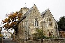 Le chêne de l'église St Didier à Cheillé.jpg