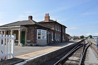 Leeming Bar - Image: Leeming Bar Railway Station geograph.org.uk 2536813