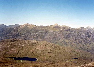 Beinn Liath Mhòr - Looking west from the summit of Beinn Liath Mhor to Liathach.