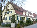 Limburgerhof Lehrerwohnhäuser Parkstraße 4–10.jpg