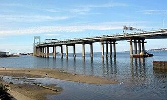 Beechhurst, Queens - Image: Little Bay bridge jeh