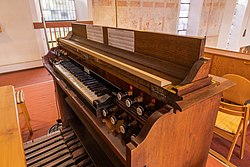 Lonsee Marienkirche Orgel Manual 2020 09 03.jpg