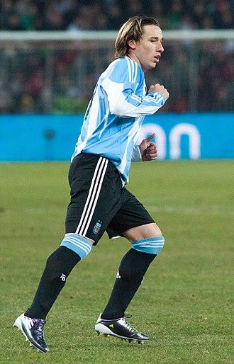Lucas Biglia - Biglia playing for Argentina in 2011
