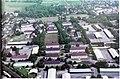 Luftbild von Westen der früheren Freiburger Vauban-Kaserne auf der Infotafel in Freiburg-Vauban.jpg