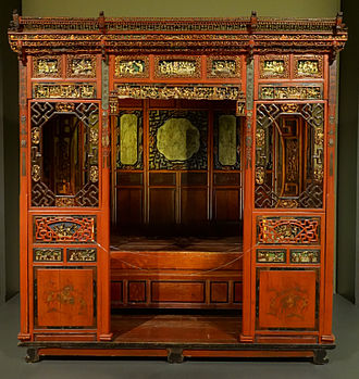 Canopy bed - Canopy bed of the Chinese Qing dynasty, late 19th or early 20th century.