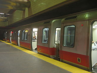 MBTA accessibility - Level boarding on the Red Line at Harvard