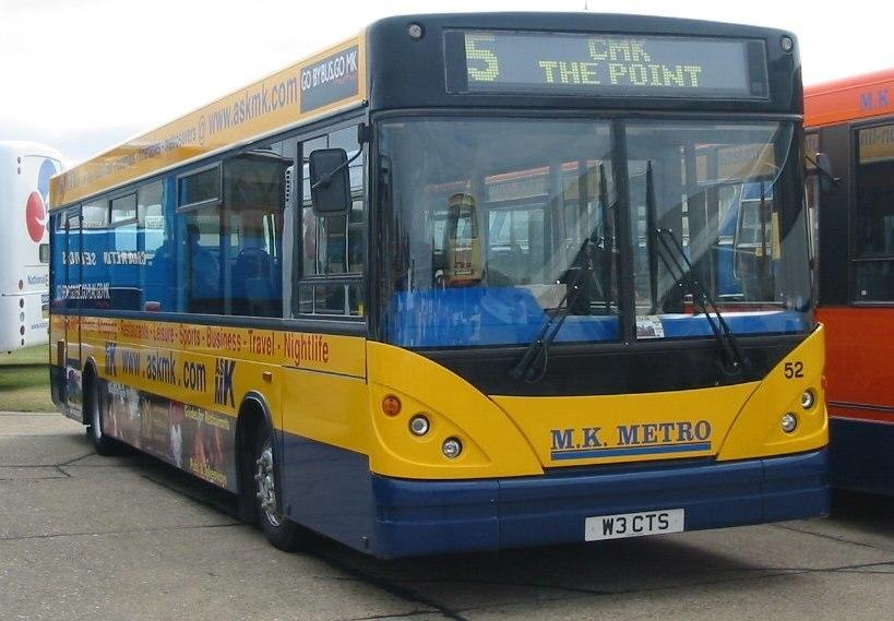 MK Metro bus 52 (cropped)
