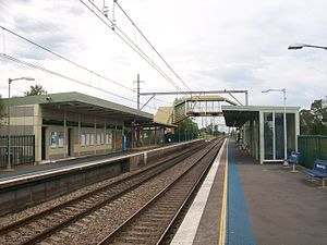 Macquarie fields railway station.jpg