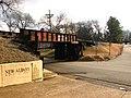 Main Street Train Bridge - panoramio.jpg