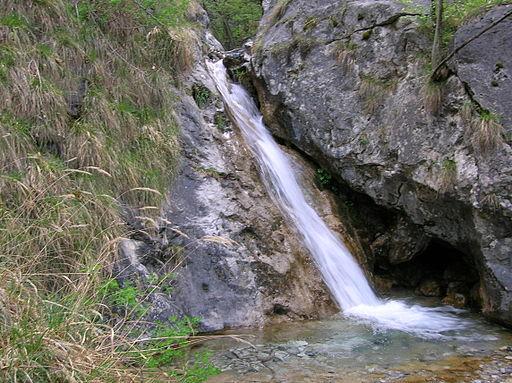 Mandello del Lario, sentiero del Fiume 1