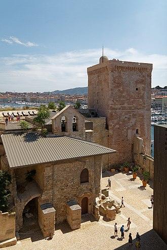 Fort Saint-Jean (Marseille) - Image: Marseille Fort Saint Jean bjs 180810 03