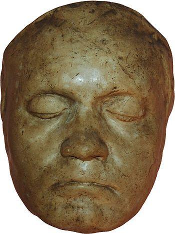 Masque de Beethoven moulé en 1812 par le sculpteur Franz Klein(en) pour le buste réalisé la même année (Beethoven Haus de Bonn).