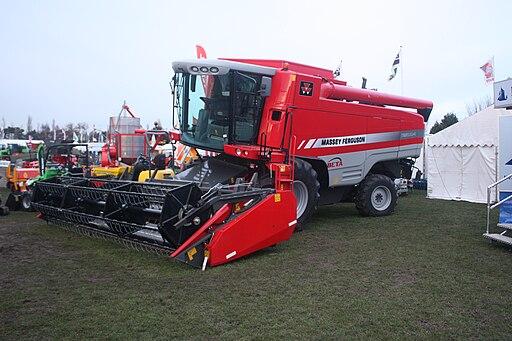 Massey Ferguson 7260 AL-4 combine - IMG 4760