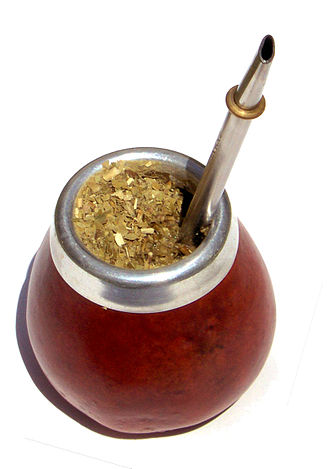 Mate (drink) - Mate in a traditional calabash gourd