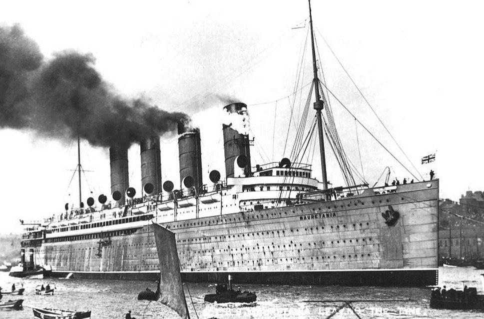 Mauretania,1907 on Tyne