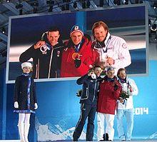 Innorhofer (argento, a sinistra) sul podio della discesa libera olimpica di Soči 2014 con Matthias Mayer (oro, al centro) e Kjetil Jansrud (bronzo, a destra)
