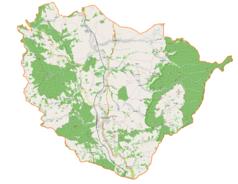 """Mapa konturowa gminy Międzylesie, u góry nieco na lewo znajduje się punkt z opisem """"Dwór empirowy w Długopolu Górnym"""""""