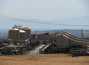 Midway-Sunset Oil Field - Cogeneration plant, which burns gas from the field to produce steam for enhanced recovery, and also provides electricity for California's power grid.