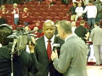 Mike Anderson (basketball) - Anderson being interviewed by ESPN during his second season at Arkansas