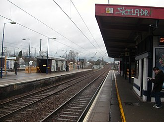 Mill Hill Broadway railway station - Image: Mill Hill Broadway Northbound