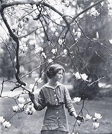 Edna St. Vincent Millay photo #6342, Edna St. Vincent Millay image