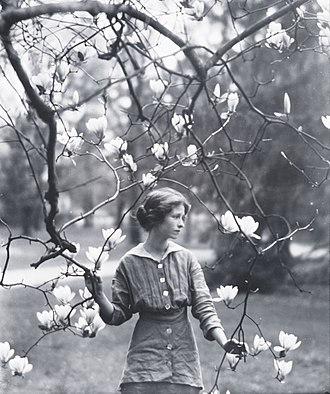 Edna St. Vincent Millay - Edna St. Vincent Millay in Mamaroneck, NY, 1914, by Arnold Genthe.