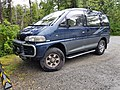 Mitsubishi Space Gear - Flickr - dave 7.jpg