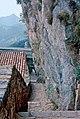 Montgrony, escala, damunt l'hostatgeria - panoramio.jpg