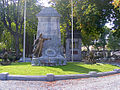 Monument Rhées01LR.jpg