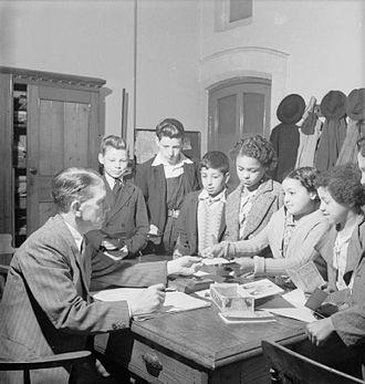 Butetown - A school in Butetown in 1943