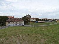 Nádraží Praha-Dejvice, od jihozápadu (01).jpg