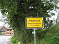 Neubrück b. Stadt Grevenbroich - Ortseingangsschild, 2010.JPG