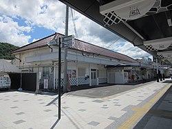 NewTsuyamaStation@Bus.jpg